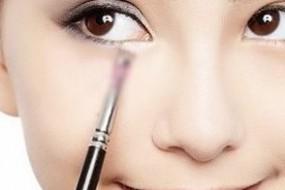 [SYDPHOTOS] 韩国化妆师Bobbi新近加入,喜欢韩国化妆风格的抓紧预订了:)