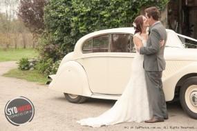 浪漫婚礼怎么能少了豪华婚车?