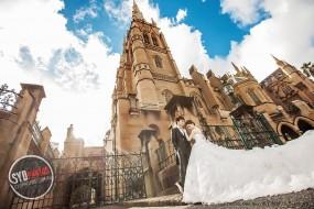 【SYDPHOTOS】浪漫金秋,悉尼阳光见证恋爱季节之——圣玛丽大教堂