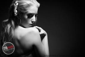 【SYDPHOTOS】谁是下一期SYDPHOTOS《潮流先锋时尚杂志》封面女郎?