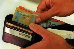 【政策】联邦政府可能提高GST、降低个人所得税
