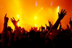 """【购票】2015""""峰暴来临""""–汪峰澳洲巡回演唱会悉尼站抢票火热进行中"""