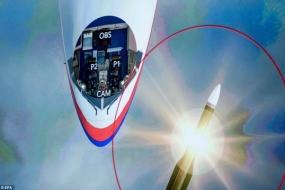 【新闻】动画还原MH17被山毛榉导弹击中过程,击中后机上人员经历了这些