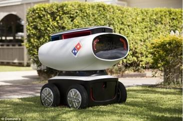 全球首创!澳大利亚Domino推出送餐机器人,萌哒哒!