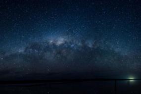 维州盐湖重获生机,再次成为观星胜地