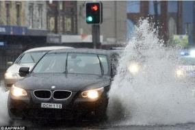 悉尼将再遭暴雨侵袭 议会建拦海墙保护海景房