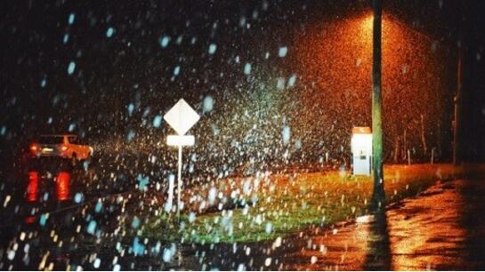 警报!狂风严寒大雨突袭新州 居民出行需注意