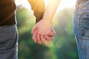 身在澳洲,该怎么解决婚恋问题呢?
